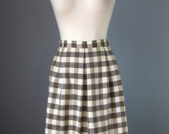 "Gray and Taupe Plaid Skirt / Vtg 60s / ""Astor One"" Dirndl Skirt / Made in Japan Plaid Skirt with pockets / Midi Skirt"