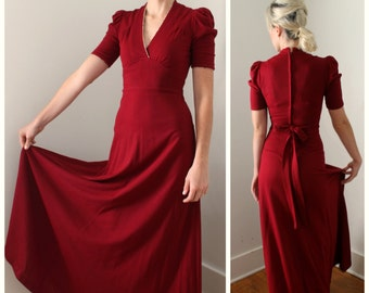 Vintage 1970's Boho Peasant Maxi Dress in Deep Red