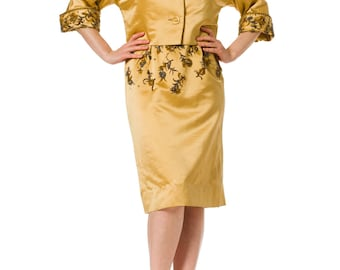 1950s Gold Silk Beaded Short Sleeve Dress with Matching Jacket SIZE: S/M