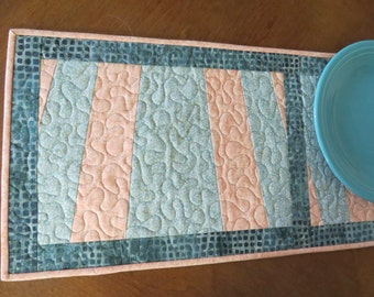 Quilted Table Runner Quilt Peach Seafoam 487