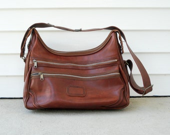 1970s bag - camera bag or gym bag - great for long day out