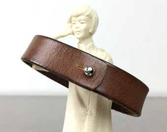 Brown Bracelet - Simple Leather Bangle - Size Large