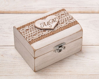 Ring Bearer Box, Wedding Ring Box, Ring Holder, Wooden Personalized Monogram Ring Box with Heart, Rustic Wedding, Shabby Chic Ring Box