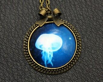 Necklace jellyfish 2525C
