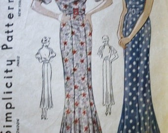 Vintage 1930s Pattern / Slim Fitting Dress / Sewing Pattern /  Unique Collar / Simplicity 1723 / Bust 34