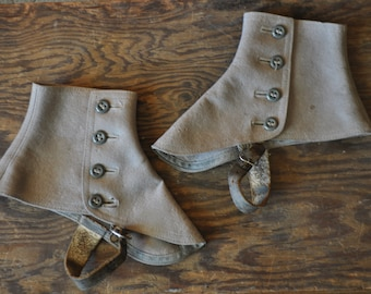1900-1910 Edwardian Era Short Grey Wool Spats