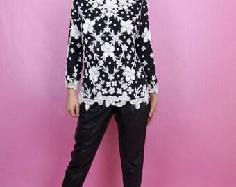 Vintage 80s Black, White, Silk Beaded long Sleeve Blouse S, Retro, Glam, Art Deco, Monochrome