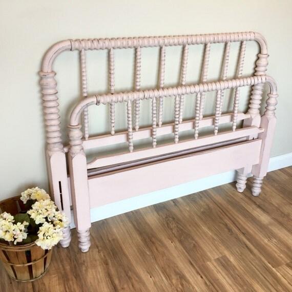 Jenny Lind Bed - Three Quarter Bed - Pink Bed Frame - Antique Bed Frame - Spindle Bed - Spool Bed