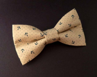 Nautical bow tie clip on style – sandy beige cotton with dark navy anchors print – mens and womens – beach theme wedding groomsmen bowtie