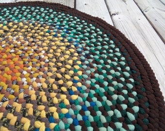 Multi-Color 29 Inch Round Braided Wool Rug
