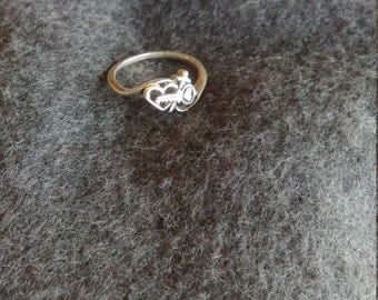 Sterling silver ring with key and heart, size 6