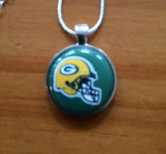 Necklace Green Bay Packers Made to order Great gifts for all