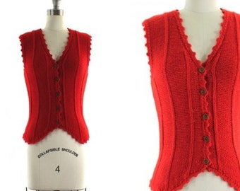 1970s red sweater vest • vintage Macy's vest • fitted sweater vest • red wool vest XS/S