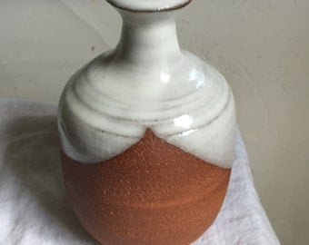 Brick-red Sake Decanter (Tokkuri)