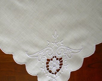 Set of 4 White Cotton Dinner Napkins