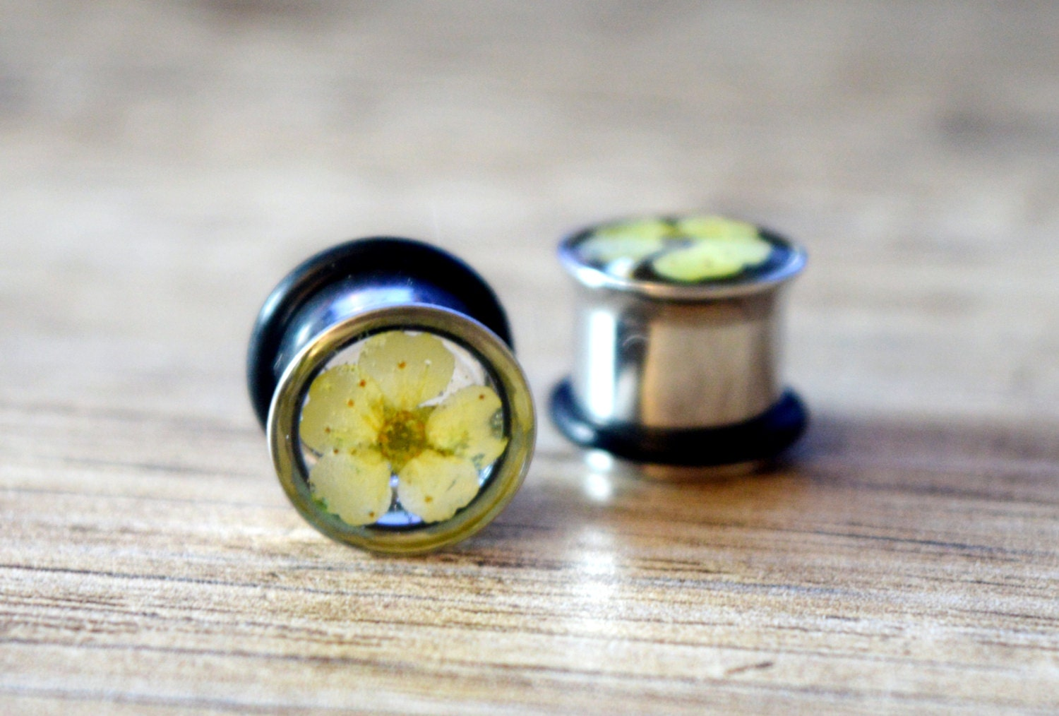 00g plugs 00 gauge earrings 10mm plugs real flower plugs ear