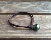 Tahitian pearl and leather - woman or man bracelet