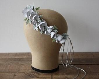 White Flower Crown,  Hand Painted White Flower Crown, Bridal Crown, Destination Wedding , Bohemian Bride, Boho Bridal Headpiece