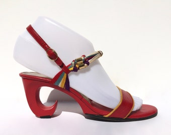 ENZO ALBANESE!!! Amazing 1970s 'Enzo Albanese' red scroll heeled sandals with unusual knotted string straps / Size 36 / Made in Italy
