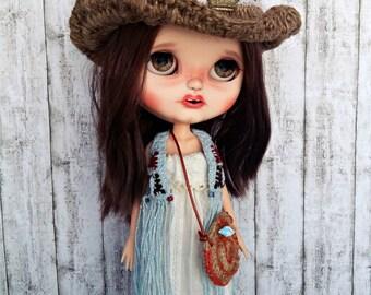 Raffia cow hat
