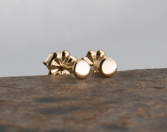 14K Solid Gold Studs Solid Gold Studs 14k Gold Earrings Gold filled Stud Polka Dot Stud 14K Gold Circle Studs,Tiny Pebble,Tiny Earrings,3mm