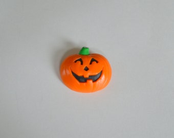 vintage 80s halloween pin jack o lantern plastic pumpkin hallmark 1987 brooch novelty holiday jewelry - Plastic Pumpkins