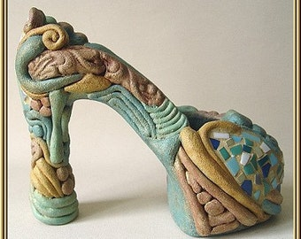 "Imaginative ceramic object from the series ""Boots"" No. id 54"