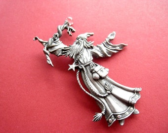 Large pin Merlin magician vintage 80