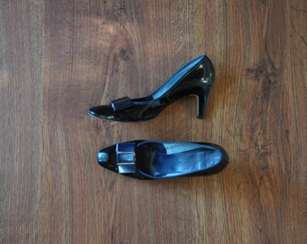 60s patent leather pumps / 1960s high heel pumps / vintage jeweled shoes 6