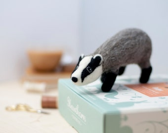 Badger Needle Felting Kit - Badger Craft Kit - craft kit gift - felt badger project - badger craft kit for adults - needle felting kit