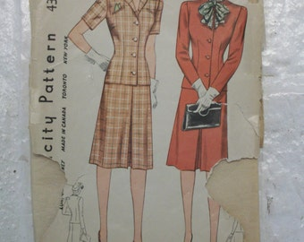 """Dashing 1940s fitted skirt suit dress pattern bust 32"""" w/casual short sleeve option"""