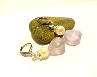 Purple Sea Glass Earrings, Pearl Earring, Dangle Earring, Minimalist Earring, Lightweight Lever Back Earring, Elegant Earring, Lilac Jewelry