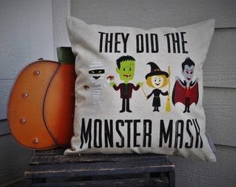 Halloween pillow, Monster Mash Pillow Cover, Happy Halloween, Halloween Decor, Fall pillow,halloween, halloween pillow