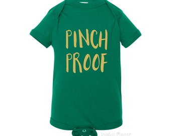 Funny St Patrick's Day Shirt - Pinch Proof St Pattys Day Baby Shirt Kelly Green