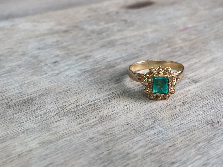 vintage 18k emerald ring by victoriavvintage on etsy