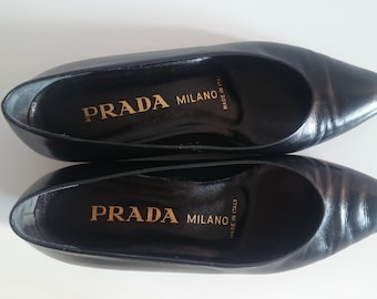 SALE Black Leather Vintage Prada shoes/flats
