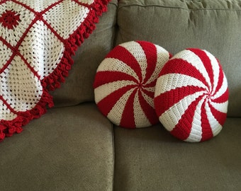 "Peppermint Pillows, 16"", round (set of 2)"