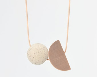 STUDY n.6 // Rose bronze, wood and speckled stoneware necklace