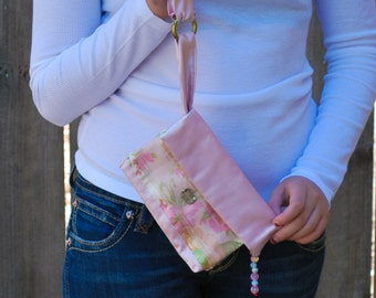 womans wrislet/ girls wristlet/womans wallet/girls wallet/smartphonecase/cell phone case/coin purse/ooak/ keychain wrislet