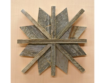 Holiday Star Reclaimed Wood Decor