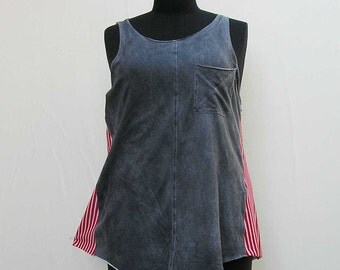 Gray and red tank, Plus size tank top, plus size tunic, upcycled tunic, 1x 2x au 20 UK 18 US 16, gray red white stripes, refashioned tank