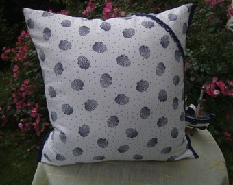 musselpillow,maritime pillow,blue-white cushion,cotton,handmade from himmeldurchnadeloehr