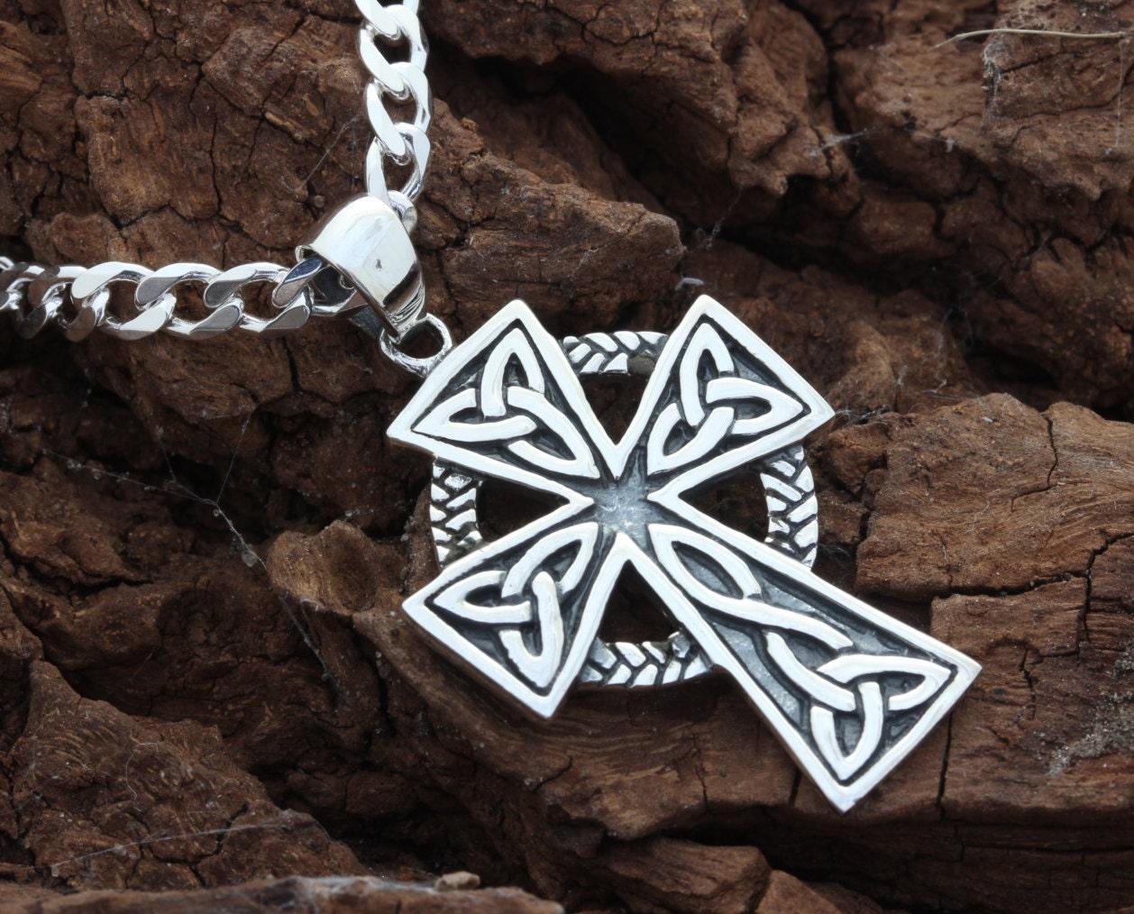 mens celtic cross necklace sterling silver by. Black Bedroom Furniture Sets. Home Design Ideas