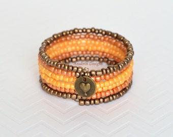 Seed Bead Bracelet - Bronze ombre bracelet - Memory wire bracelet - Charm bracelet -  Seed bead jewelry - Boho bracelet - Gift for her