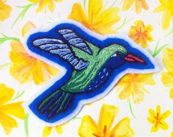 Hummingbird Patch / Hand Embroidered / Felt Brooch / Bird Pin