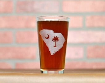 Etched Beer Glass. Palmetto Glass. South Carolina Glass. Beer Gifts.