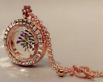 Pressed Flower Round Locket Pendant , Dried Flower Locket Necklace