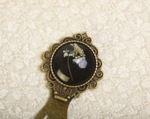 Bookmark with real white blossom of Queen Anne's Lace in Resin, Flower Jewelry, Real Blossoms, Flower Jewelry, Resin Jewelry