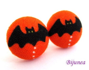 Bat earrings - Halloween bat stud earrings - Halloween bat posts - Halloween black bat post earrings sf1048