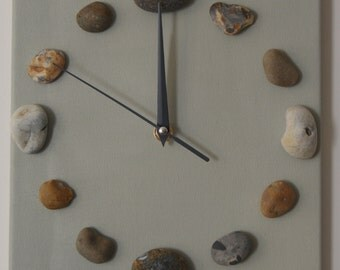 Pebble stretched canvas clock